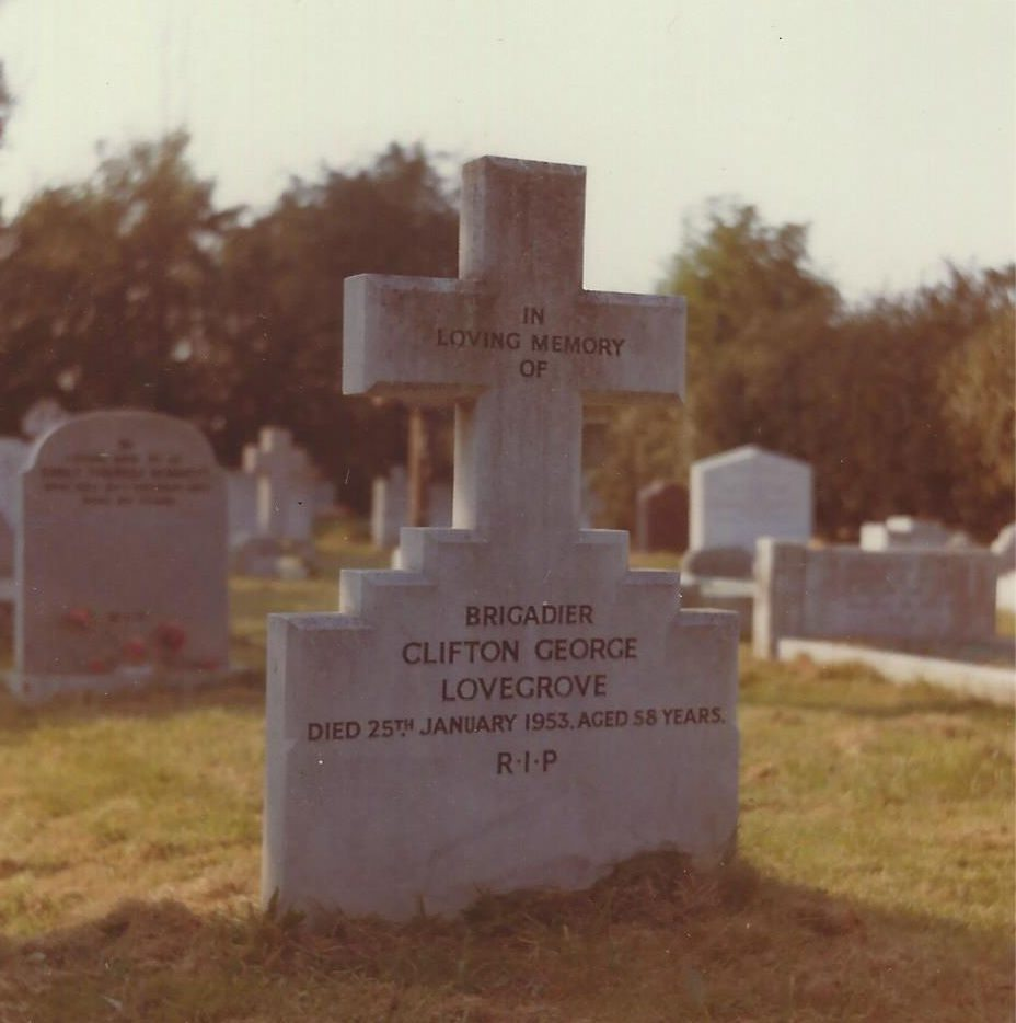 Clifton George Lovegrove's grave